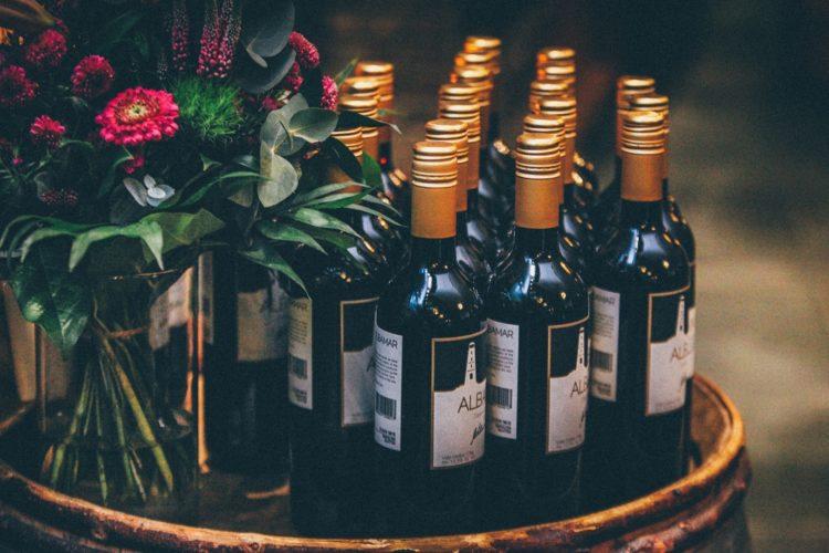ranger champagne dans un appartement
